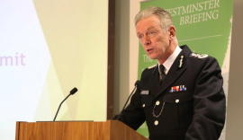 Met Chief Warns Five Britons a Week Joining IS in Syria