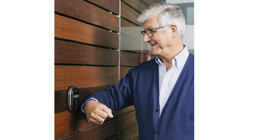 ASSA ABLOY: SMARTair™ wireless access control for care homes